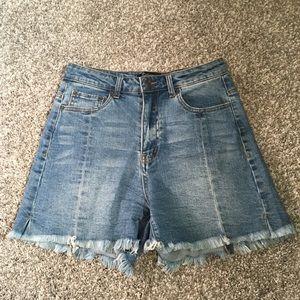 Boutique jean shorts size medium